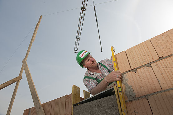 Roland Mang - Ansprechpartner für Wohnungsbau